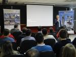 Adalberto A. Thiel faz os agradecimentos iniciais aos apoiadores do evento: SINDUSCON e ASCEA