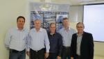 Na seqüência Nivaldo (BPM), Jair Savi (SINDUSCON), Thiago (BPM), Adalberto (THIEL) e Sérgio (ASCEA)