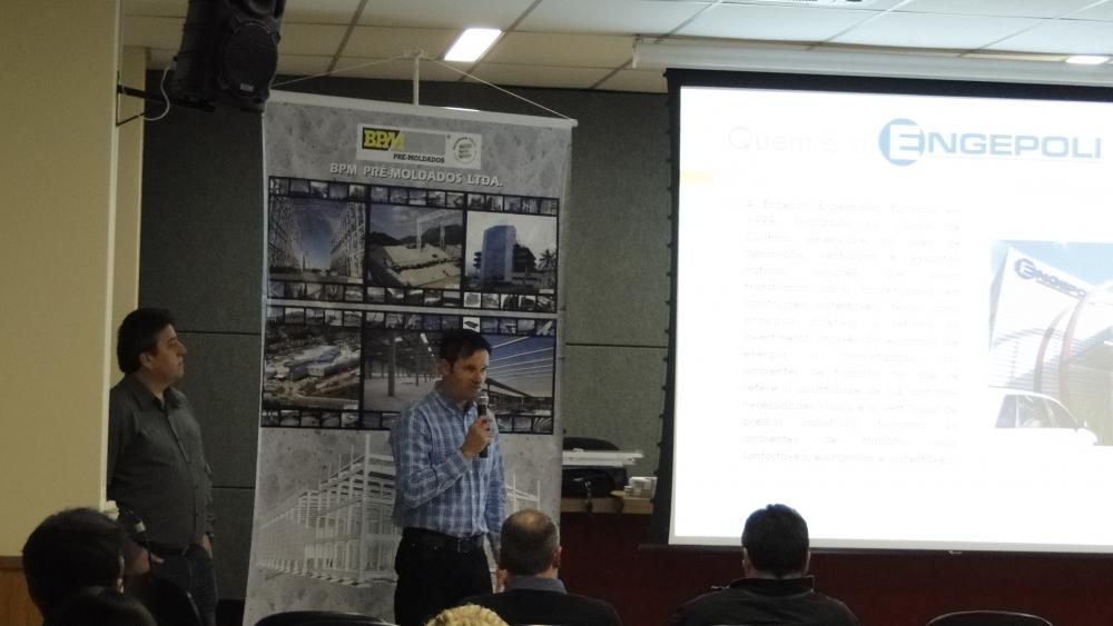 Eng. Cássio fala sobre a empresa e sobre ILUMINAÇÃO NATURAL