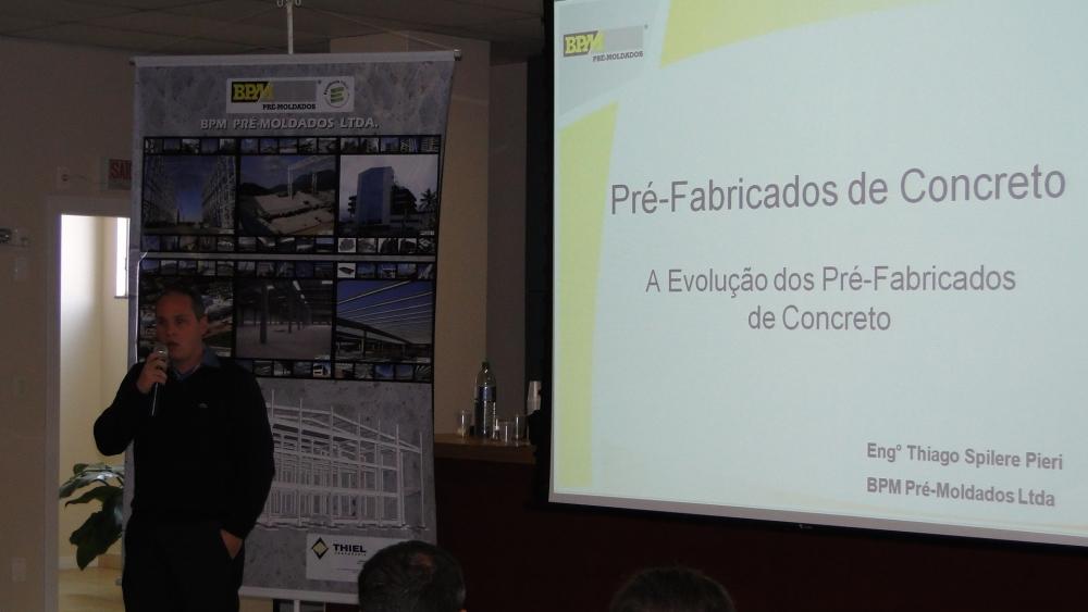 Eng. Thiago expôs detalhes das novas tecnologias aplicadas na nova fábrica da BPM em Forquilhinha