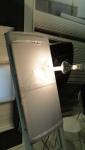 A lâmpada infravermelha aplica calor à face superior do DOMO SKYLUX c/ LENTE DUPLA