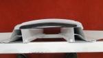 Protótipo mostra detalhe de fixação dos DOMOS PRISMÁTICOS em suporte (perfil Z) que é fixado nas terças e se adapta a qualquer perfil de telha