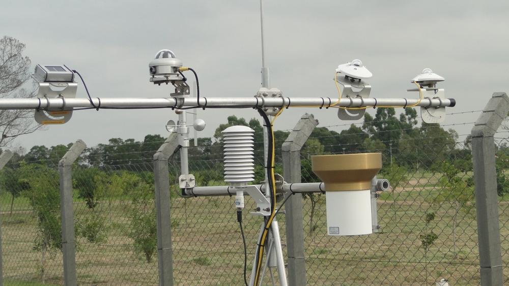 Usina CIDADE AZUL - TRACTEBEL - Capivari de Baixo - Estação de coleta de dados meteorológicos de captação da radiação solar