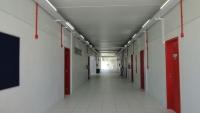 Vista interna corredor - Teto com laje protendida pintada