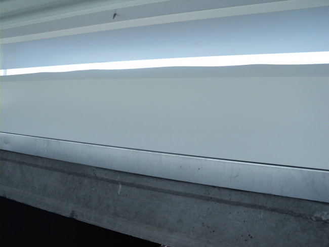 Vista interna do acabamento sobre a terça protendida