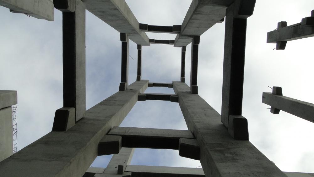 Pilares do poço do elevador - vista interna