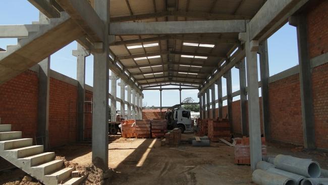 ETAPA 01-Escada e estrutura para o mezanino